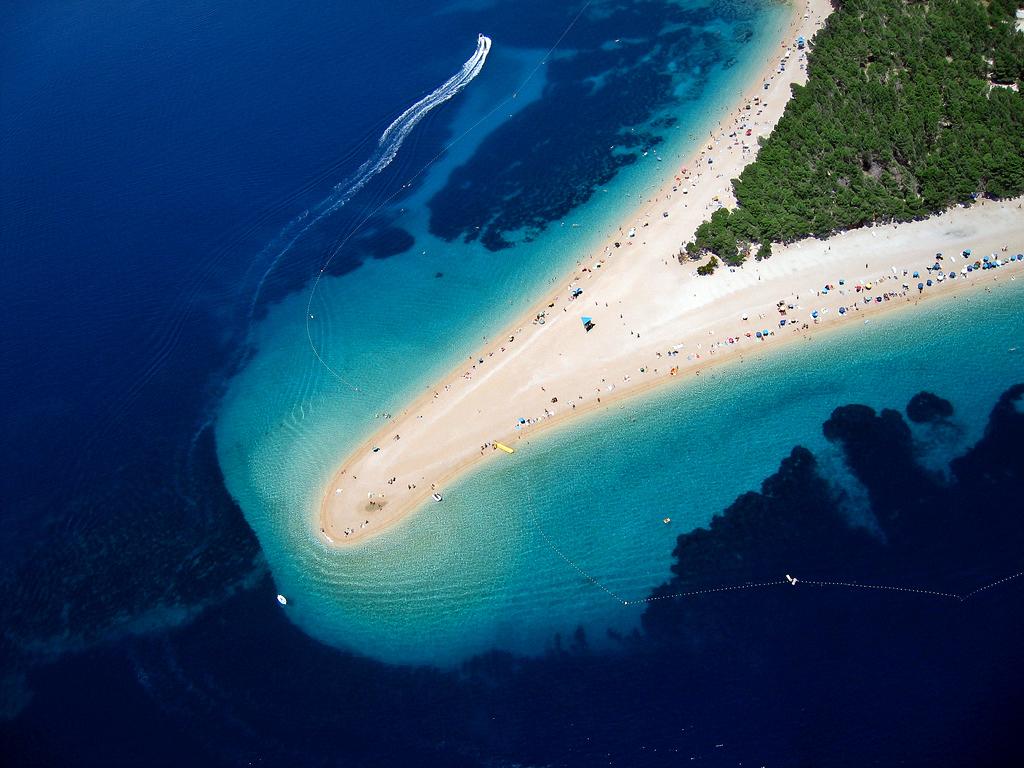Bol, Island Brac